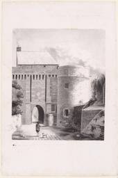 Vue intérieure de la Cour du Mont Saint Michel : Croisée par où fut tué le marquis de Belles Isle |